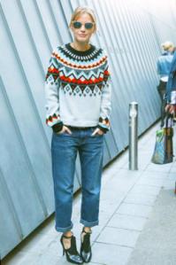 Boyfriend jeans Paris street style