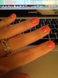 Essie Cute as a Button manicure