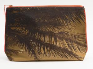 Tulum burn palm pouch